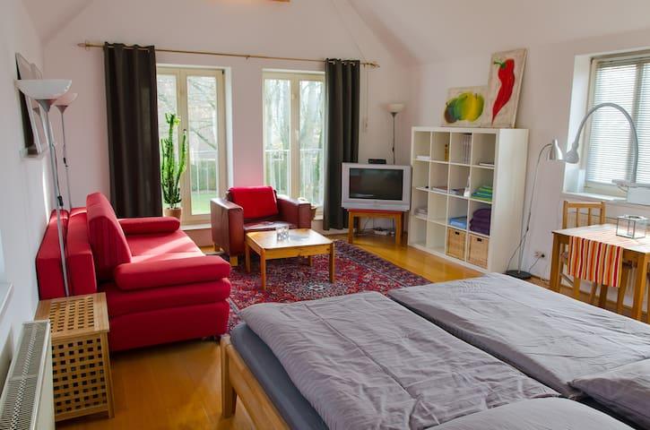 Ferienwohnung 63 qm mit Balkon. - Halle (Westfalen) - Apartamento