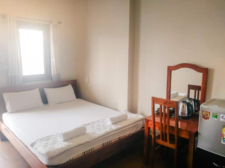 Be Home 3 Hostel and Bungalow with double rooms