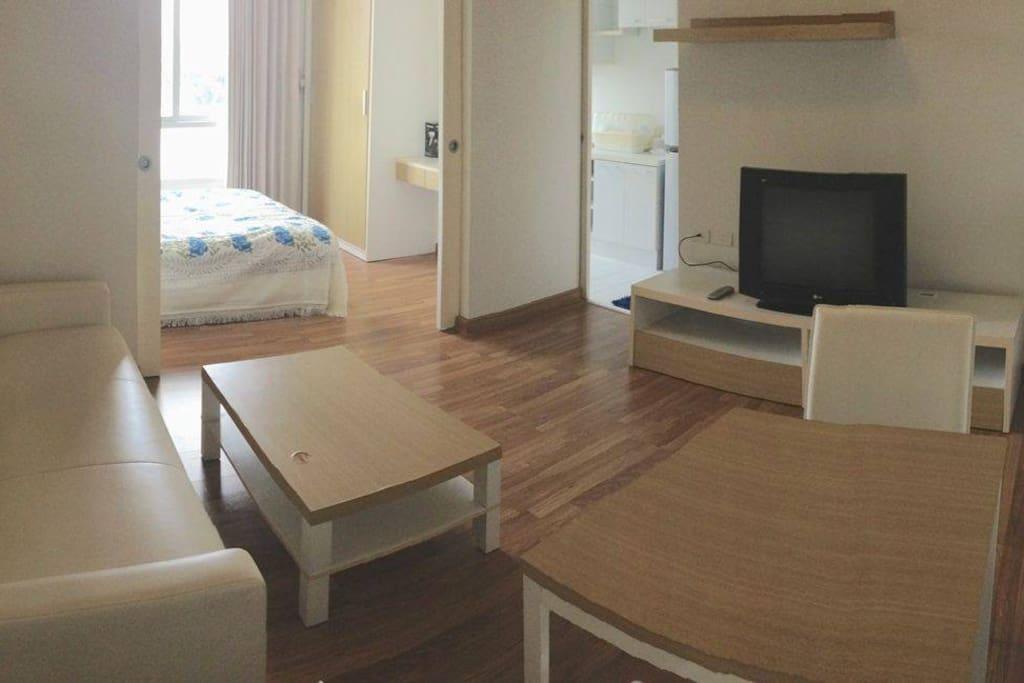Sleeping & living area