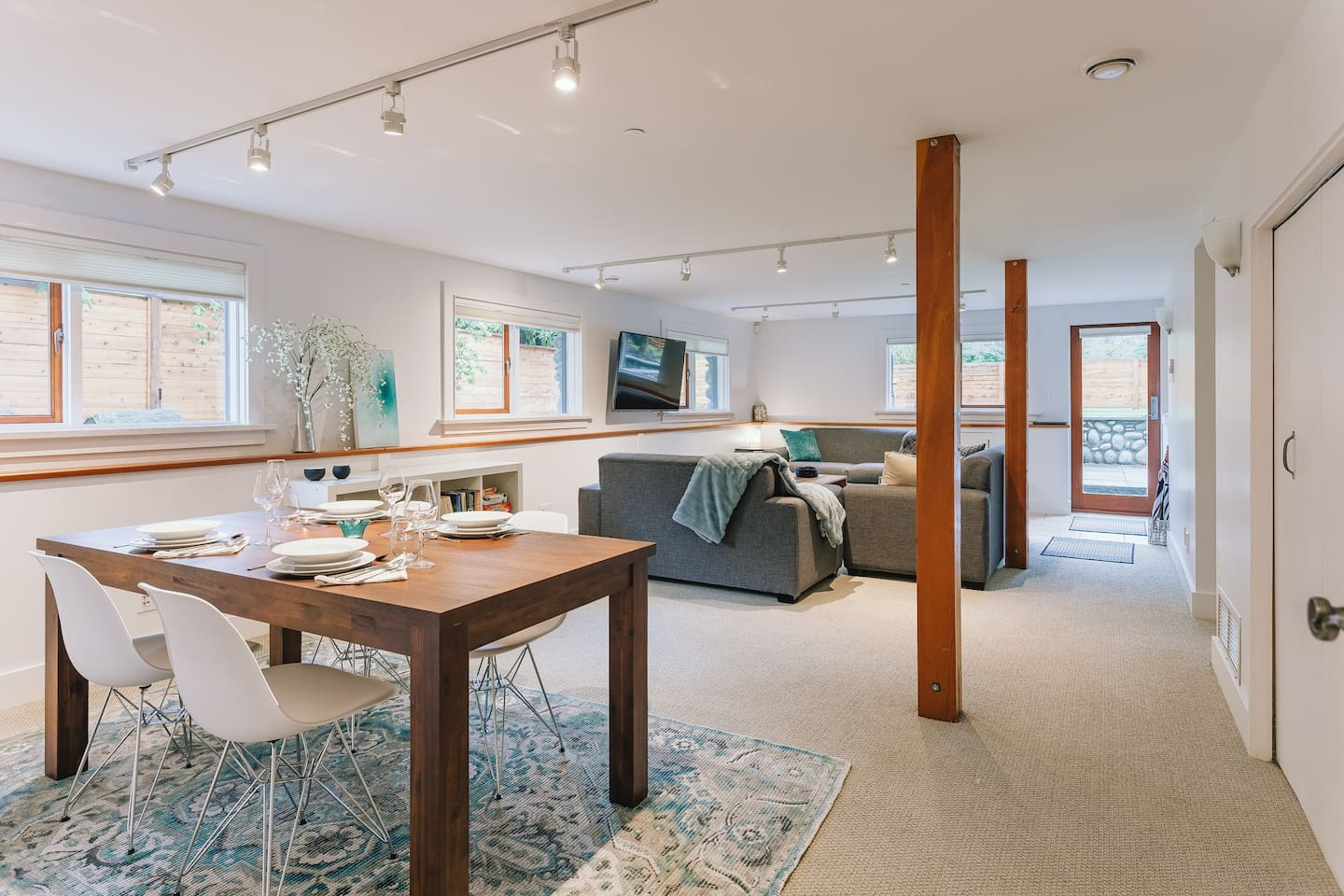 Bright, spacious dining and living room area.