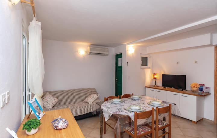 Awesome apartment in Osobljava with WiFi and 2 Bedrooms