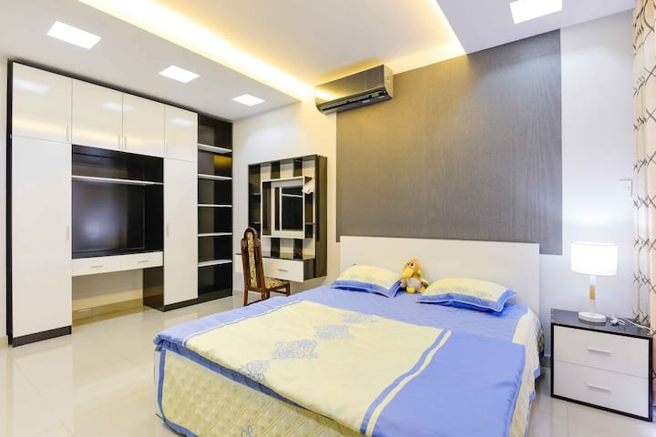 Bright clean & cozy Homestay