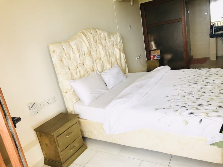 Golden beach resort ( en-suite room )