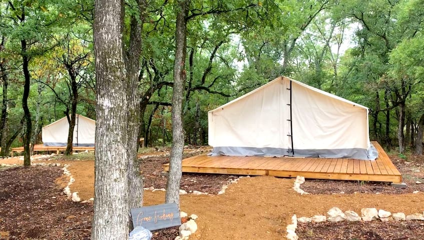 Lake Texoma - Glamping Tent #8 - Sleeps 4