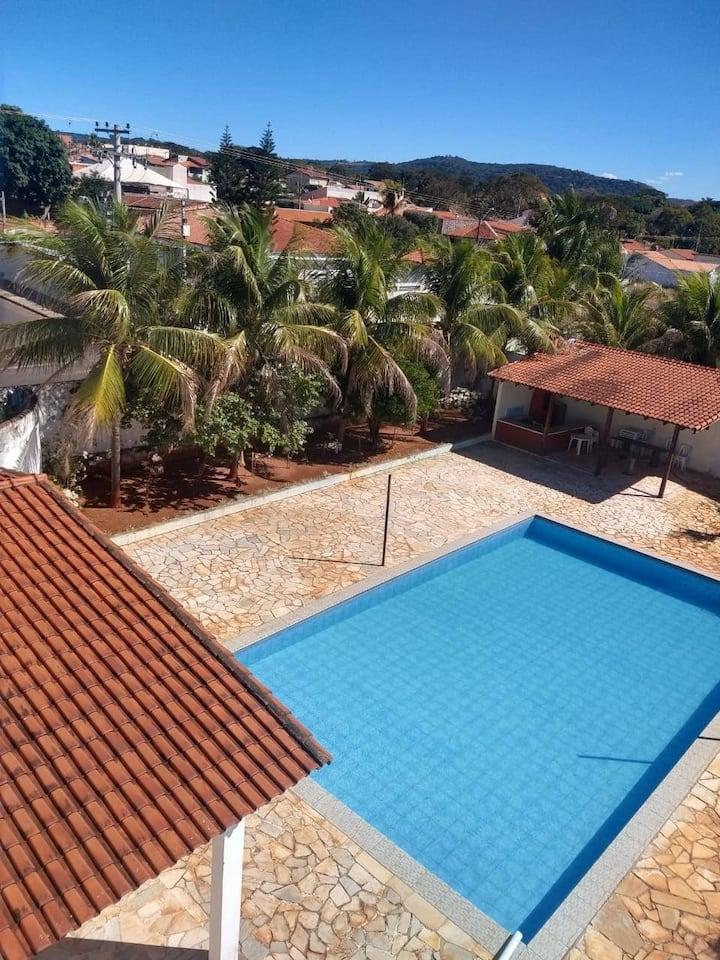 Casa de veraneio em rifaina 2 andares piscina