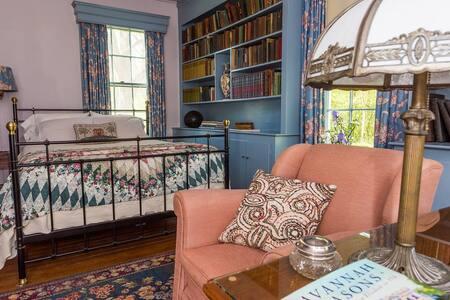 Oak Grove Bed and Breakfast