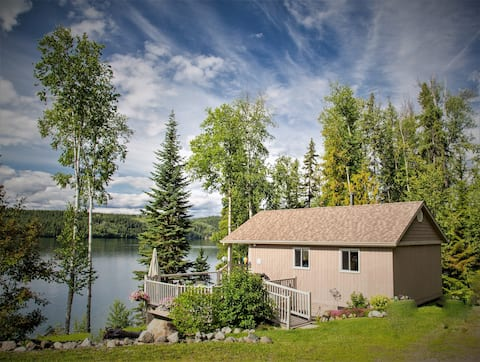 J & D's guest cottage - lake front w/dock for boat