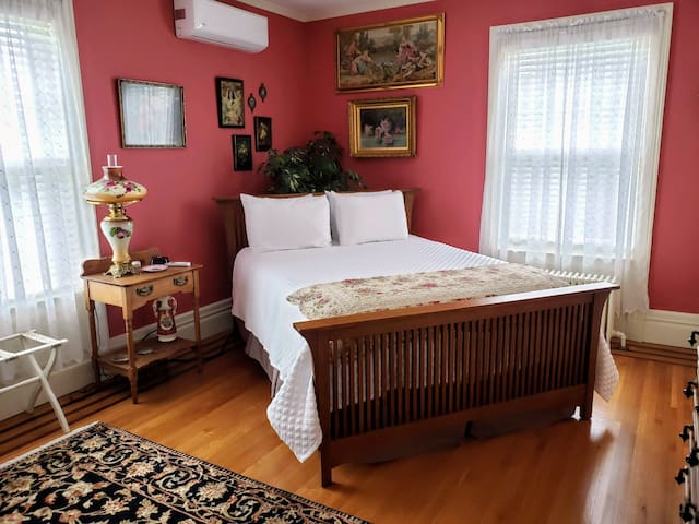 Kingsford Higgins B&B, Private Bedroom, Breakfast