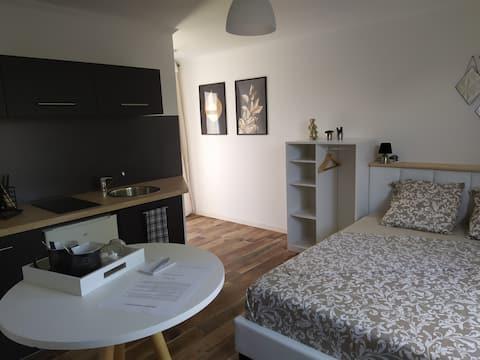 Studio moderne tout confort proche du Puy du Fou