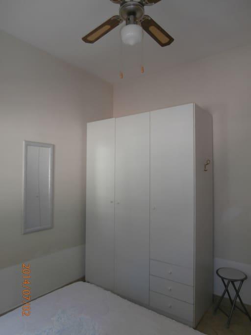 Stanza da letto matrimoniale (ventilatore a soffitto)