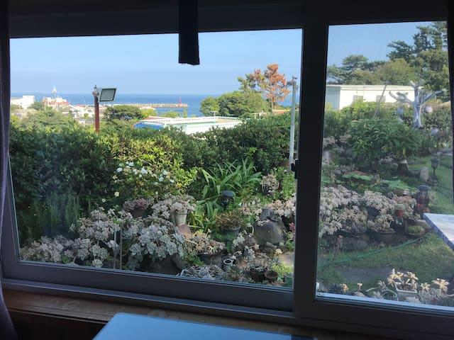 Ocean view& pine tree house(소낭애) 서귀포-소형견동반가능