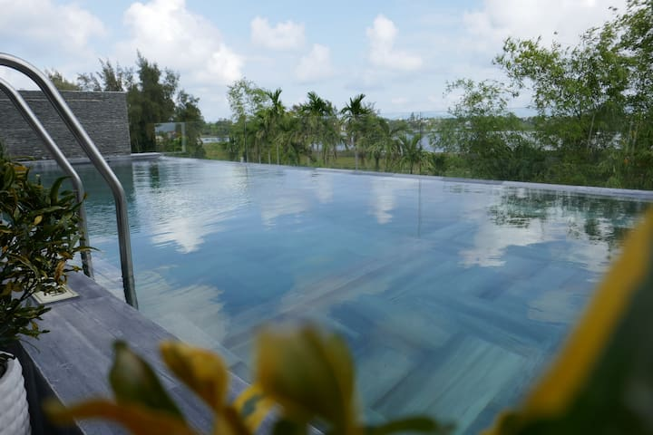 Sunset twin room with breakfast/ Eros Villa Hoian