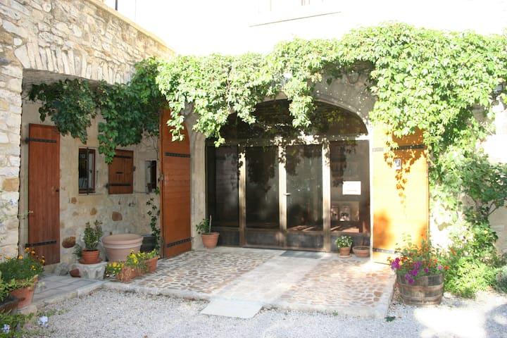 Chambre d'hôtes au cœur d'une ferme viticole