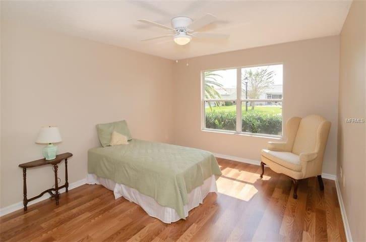 Third Bedroom (now 2 double beds