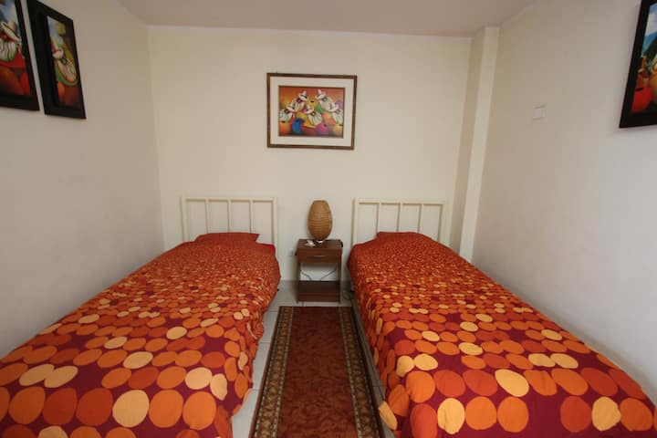 Mama Backpackers Private room & free breakfast