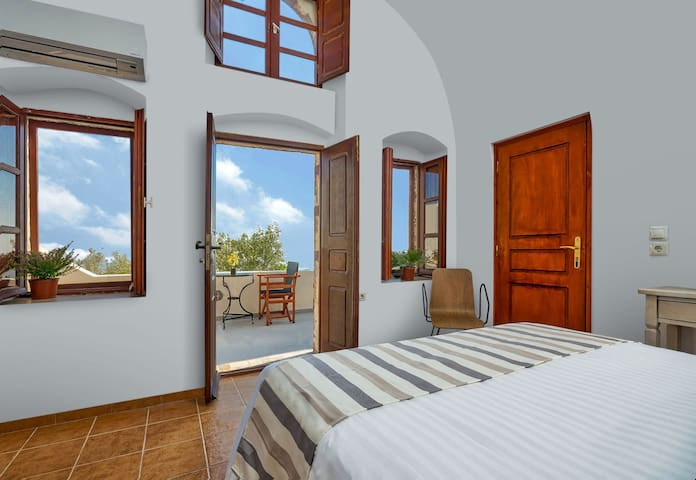 Boutique Hotel Sea View Apartment - Pyrgos Kallistis - Appartement