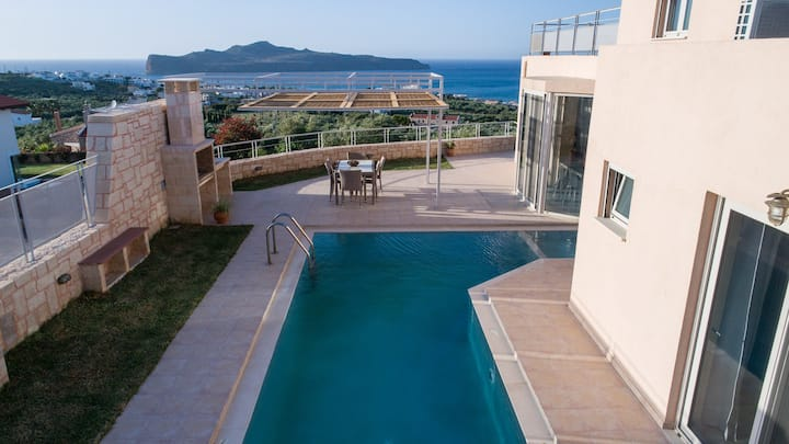 Pantanassa Villas - Thalia with  Pool & Jacuzzi