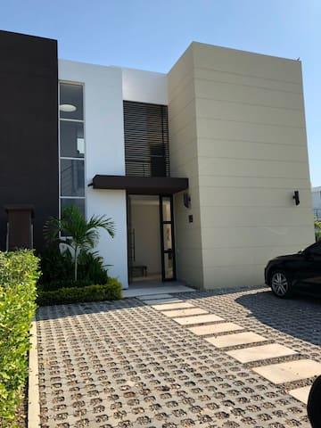 Casa Ricaurte Cabo Verde