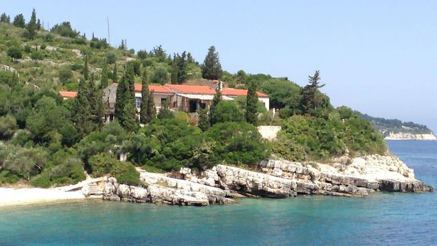 Luxury Villa in Paxos, Greece- sleeps 10 - Gaios - Villa