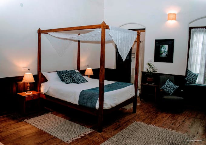 The Beautiful Blue Room, four poster bed with luxury mattress.
