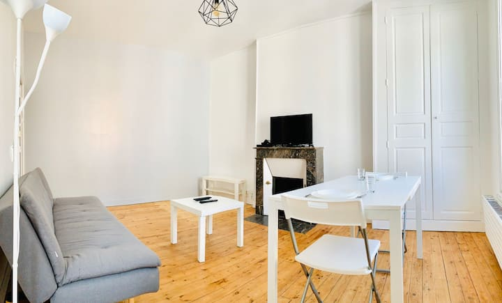 APPARTEMENT LUMINEUX DEUX CHAMBRES - WIFI