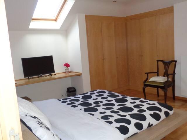 Chambre la Rose - Waterloo - Apartment