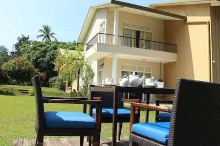 Best Western Villas,Kandy