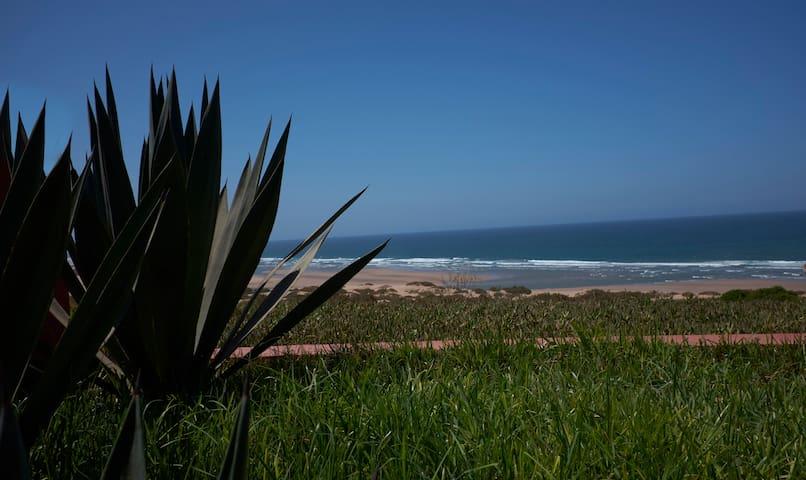 Villa de maître pieds dans l'océan - Souss Massa