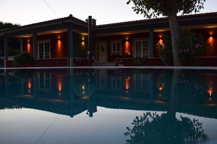 Ponte de Lima - peaceful home with swimming pool