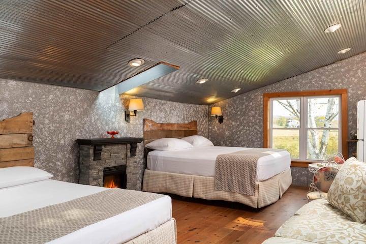 Camping Cabin- Justin Trails Resort
