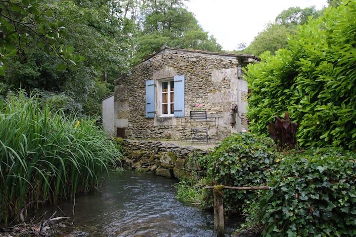 Gîte au moulin du Bourrut