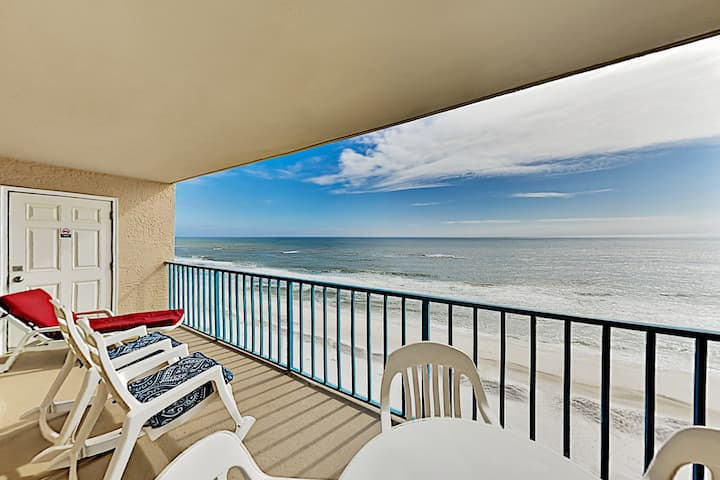 Epic Views & Beachfront Pools at Gulf-Front Escape