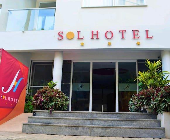 SOL HOTEL - CONFORTO E ELEGÂNCIA . a pensar em si!