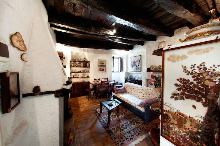 Casa Graziella nel Borgo Medievale - Mazzano Romano - Pis