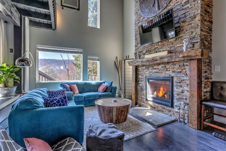 Modern Pocono Township Home - Million Dollar View