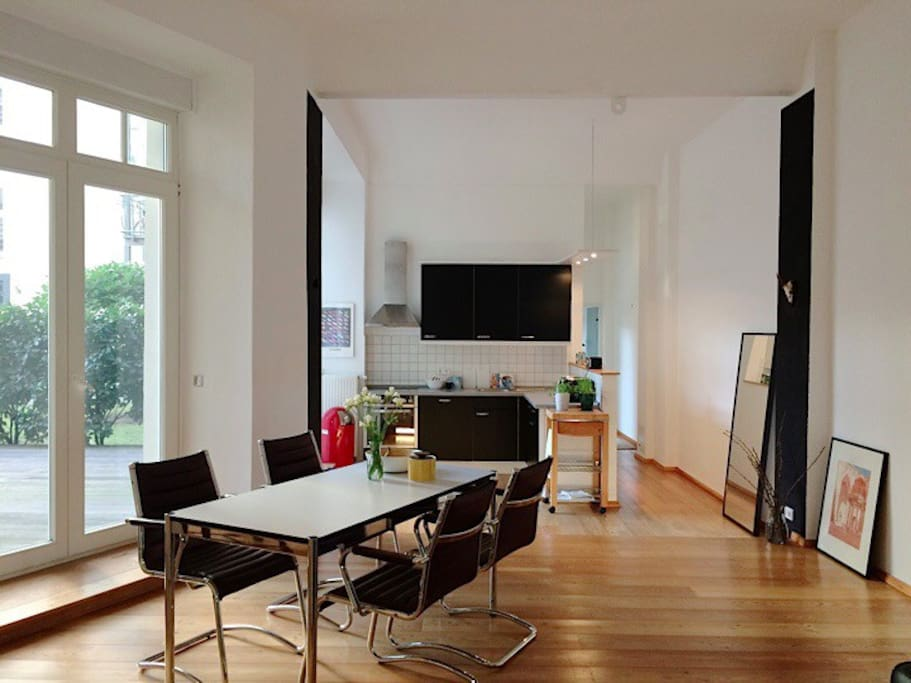 modern loft in kreuzberg lofts for rent in berlin berlin germany. Black Bedroom Furniture Sets. Home Design Ideas