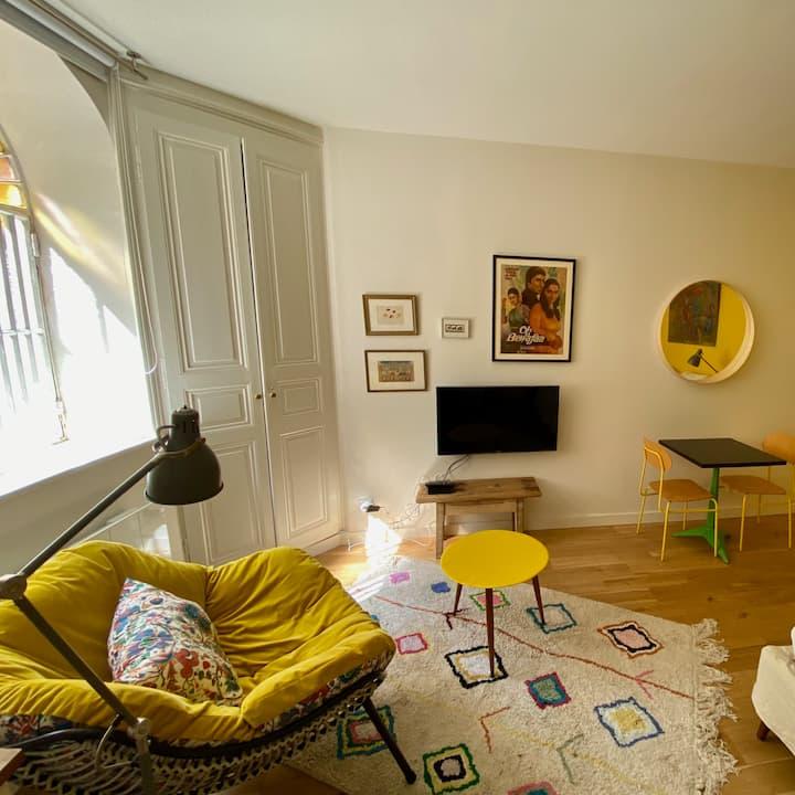 Grand studio dans la verdure en bord de Rhône