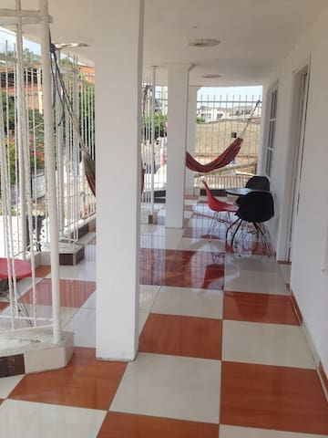 Nice room 10 minutes center - WiFi - Cartagena - Appartement