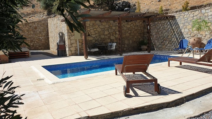 """Villa with private pool and very quiet setting"""" away from it all"""" with sea view"""