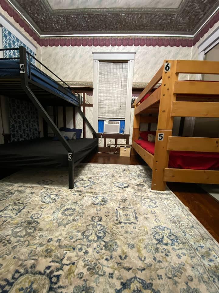 Ocean House Hostel with Ocean View Bed 17