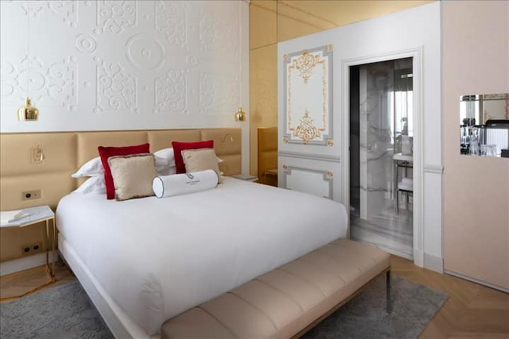 Bowmann City or Garden view Room & Spa in 5* Hotel
