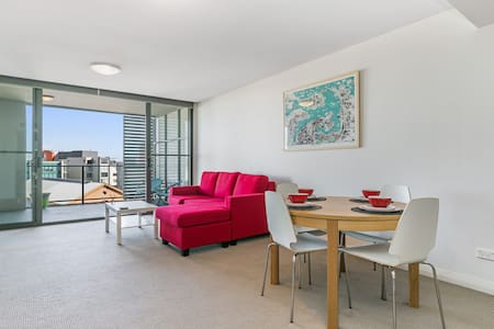 Nobby's Central Newcastle Apartment