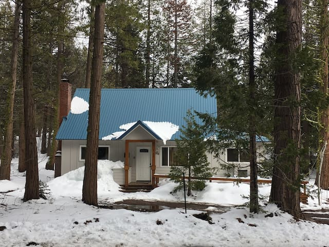 Cozy Cabin - Shaver Lake - Casa