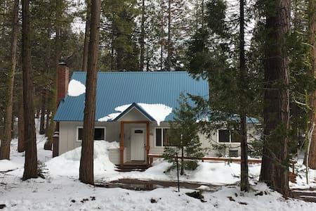 Cozy Cabin - Shaver Lake - Dom