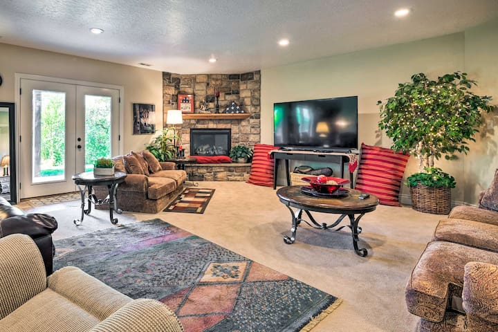 Mtn-View Apt w/ Pool Table - 9 miles to BYU!