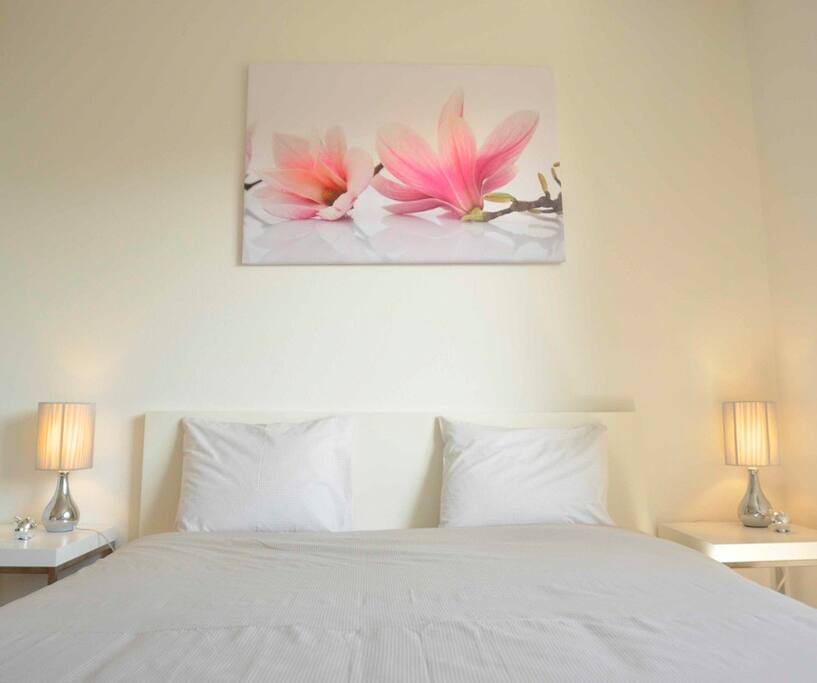 Studio meubl avec place de parc appartements louer for Appartement meuble a louer geneve