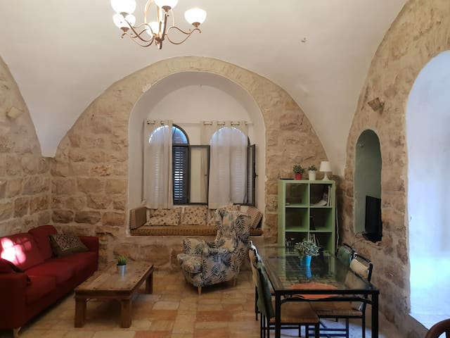 Antique Stone House. Jerusalem Center