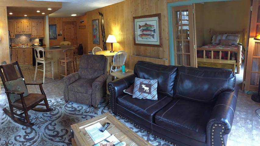 Copper Mountain Snowflake Condo 2B/2B ski in/out
