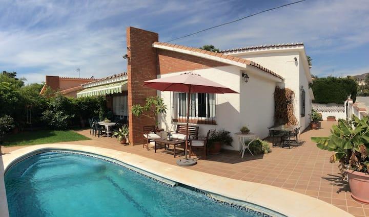 Chalet,piscina privada,playa y sol