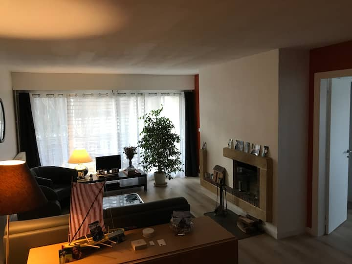 Appartement spacieux, entre Versailles et Paris